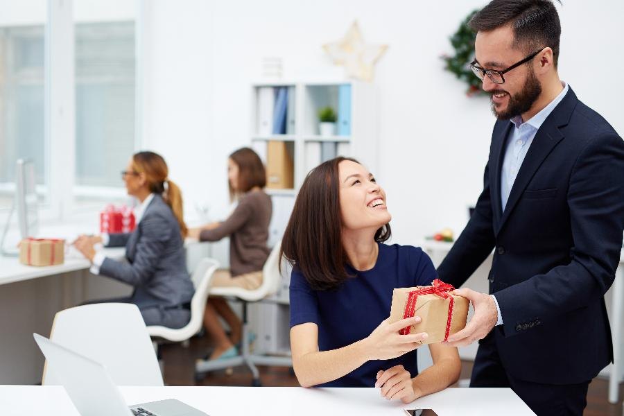 Gift Ideas For Your Employees This Festive Season