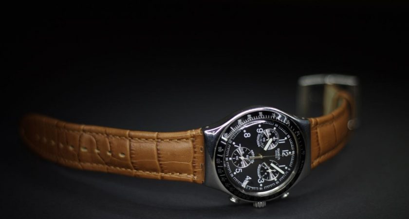 Helpful Tips To Choose A Luxurious Wrist Watch