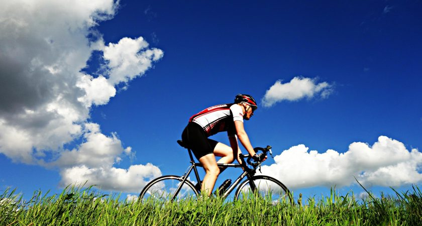 3 Things To Consider When Purchasing A Cycling Jersey